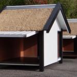 Zijkant van het hondenhok kan open voor schoonmaken en ventileren.