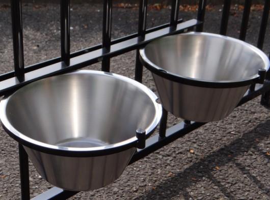 Voerbak dubbel voor kennel Zwart 2x3 liter