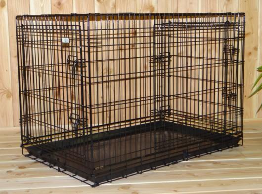 Hondenbench zwart met 3 deuren, met gratis anti-slip voetjes, afm. 109x71x78cm