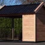 Douglas houten hondenkennel met keramische dakpannen