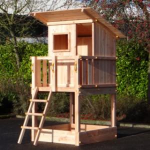 Speeltoren Beachhut in Douglas hout, een luxe speeltoren voor in uw tuin