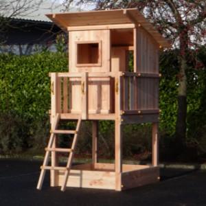 Speeltoren Beach Hut in luxe Douglas hout
