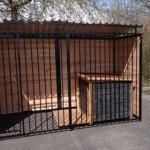 Zwarte hondenkennel FERM 3x1,5m met dak en hondenhok Select