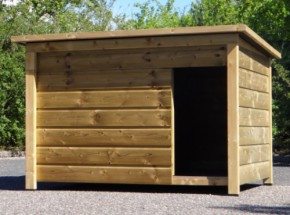 Hondenhok Select 4 is een geïmpregneerd houten hok, geschikt voor grote honden