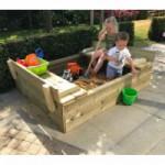 Zandbak Cubic met bankjes geïmpregneerd Vurenhout 120x150cm